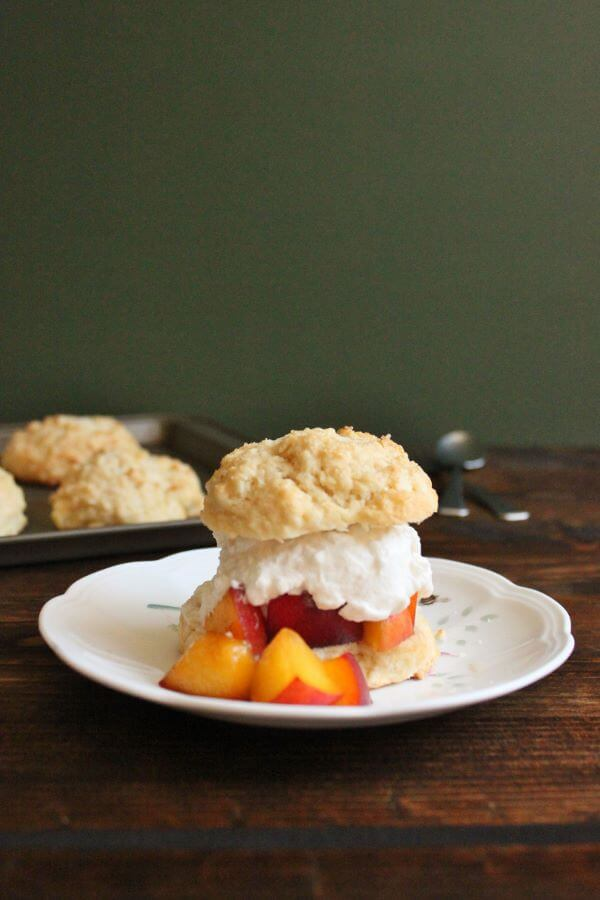 Peach Shortcake | wildwildwhisk.com