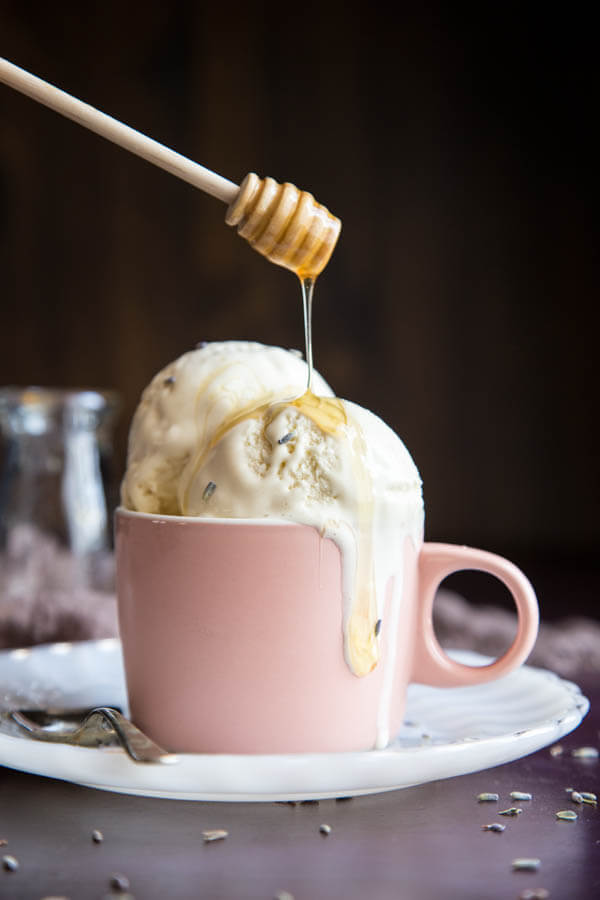 Honey Lavender Ice Cream | wildwildwhisk.com