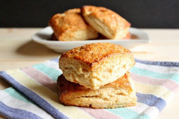 Honey Buttermilk Biscuits | wildwildwhisk.com