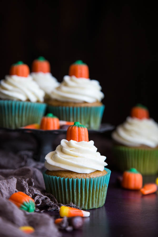 Pumpkin Spice Cupcakes decorated with mellowcreme pumpkins
