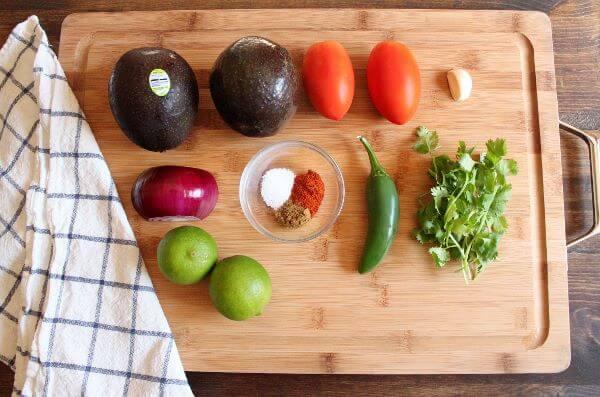 Guacamole | wildwildwhisk.com