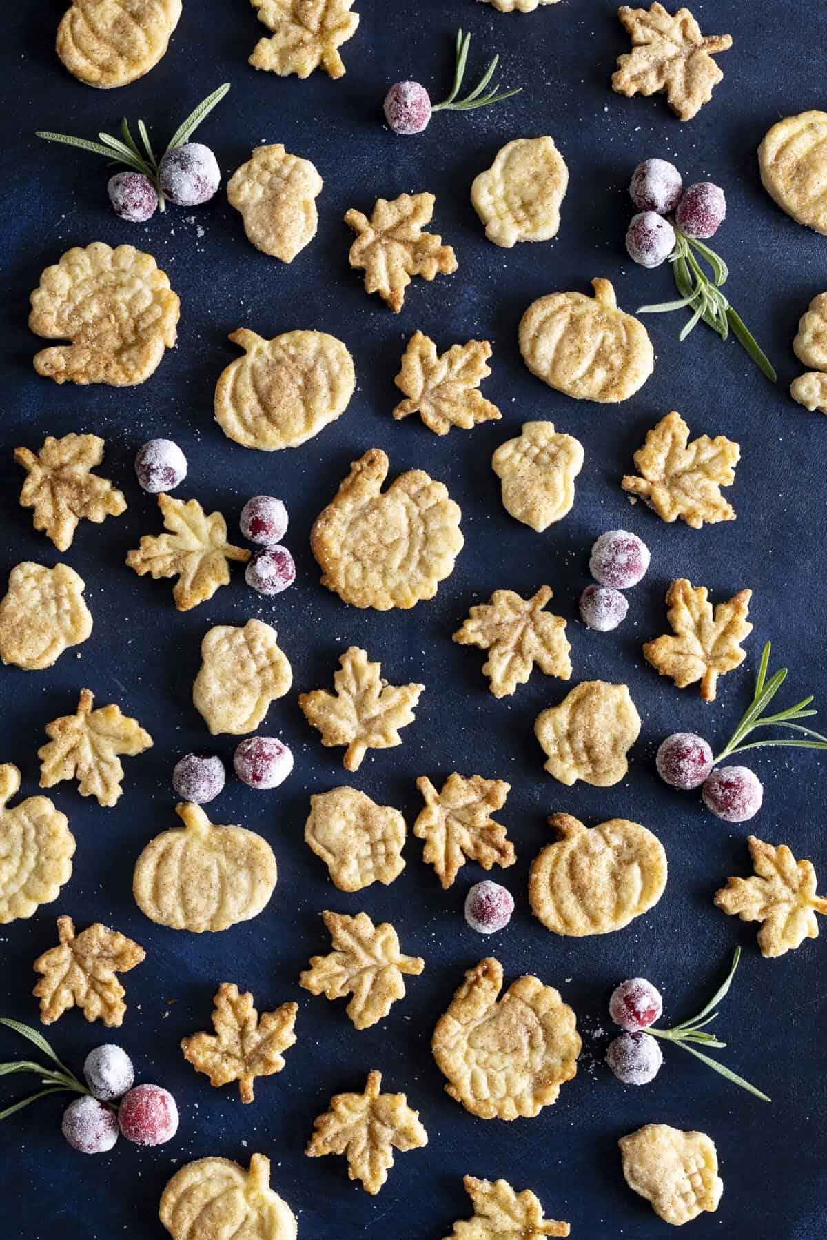 Pie Crust Cookies | wildwildwhisk.com