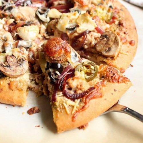 Whole Wheat Pesto Pizza | wildwildwhisk.com