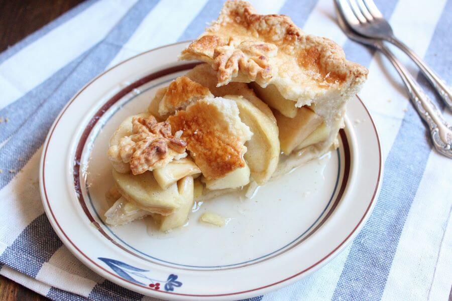 Apple Pie   wildwildwhisk.com