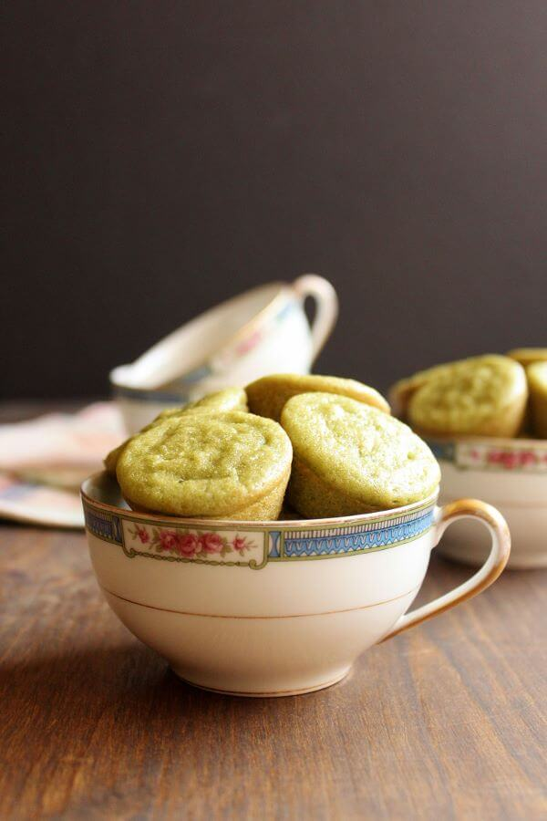 Green Tea Coconut Mochi | wildwildwhisk.com