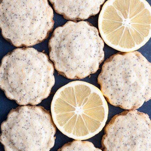 Lemon Poppy Seed Shortbread Cookies and lemon slices flat lay