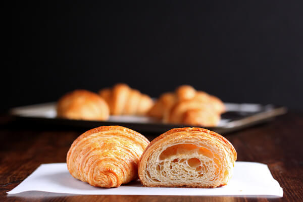 How to make croissant - Croissant cut open to show the crumbs
