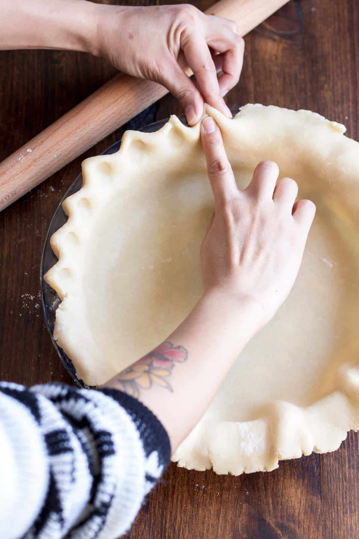 How to make an all-butter pie crust: fluting the edges