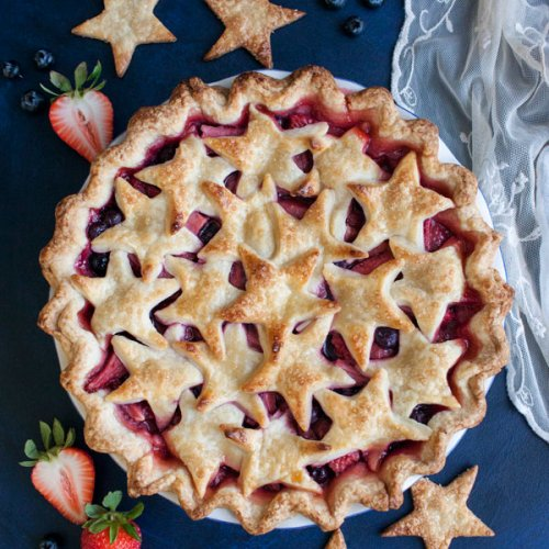 Mixed Berry Pie with strawberries and blueberries