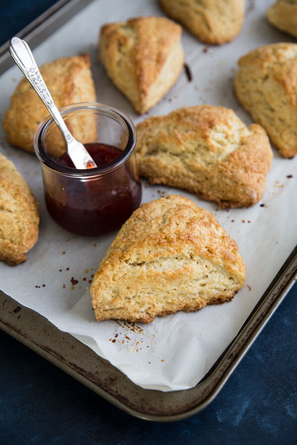Buttermilk Scones on a tray with jam