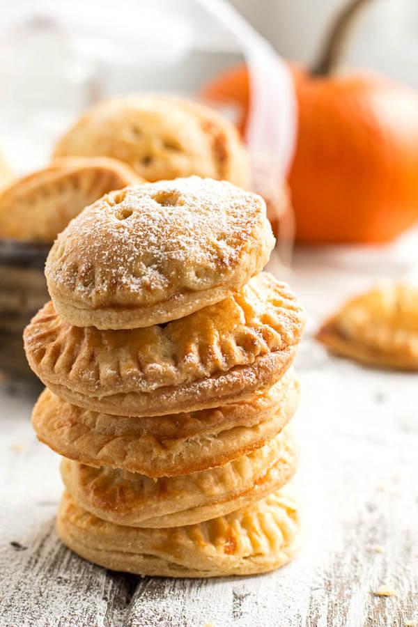 Thanksgiving dinner menu - pumpkin pie cookies from Savory Nothings