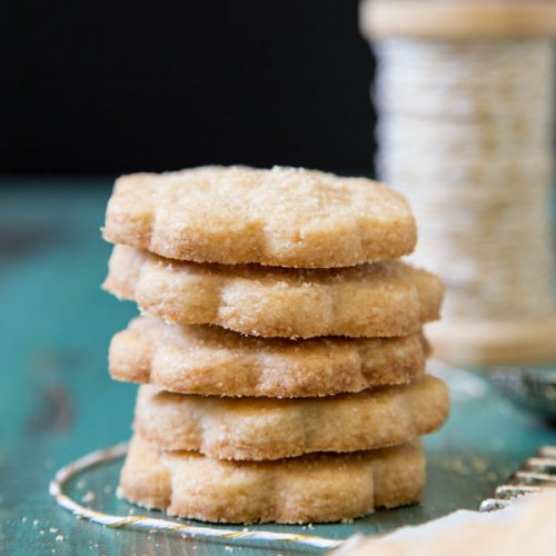 A stack of caramelized sugar shortbread cookies
